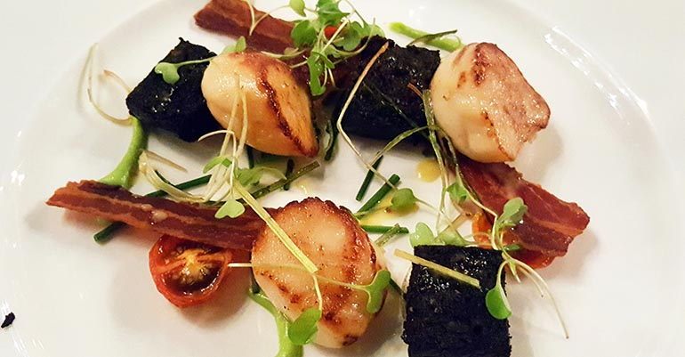 Blackpudding und Scallops.